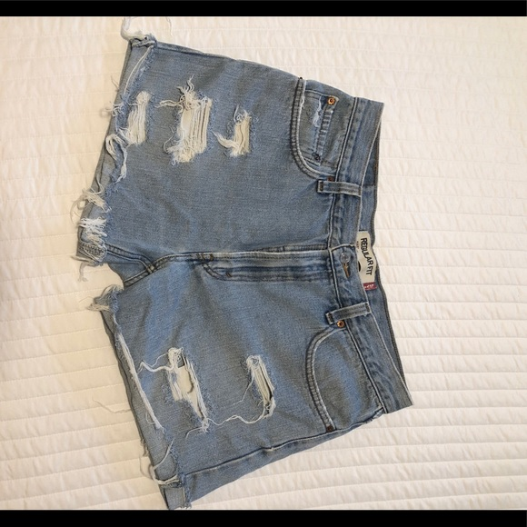 Levi's Pants - Levi cut-off shorts